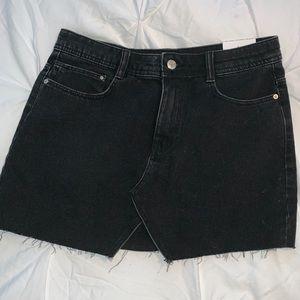 New with tags Zara black denim mini skirt medium